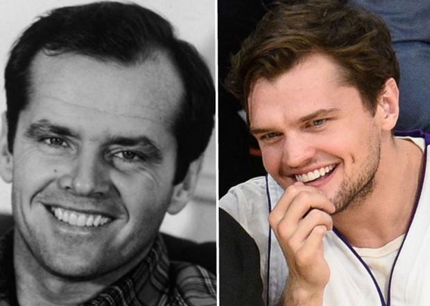 Các ngôi sao và những người con giống nhau không thể lẫn được khi so ảnh ở cùng độ tuổi - Ảnh 17.