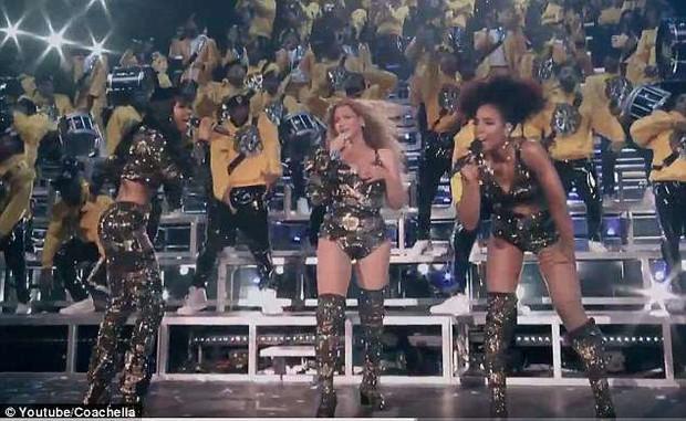 Nhảy hăng tới... tụt cả đồ là có thật: Beyoncé bị bộ trang phục phản chủ tới 2 lần trên sân khấu Coachella 2018 - Ảnh 1.