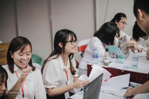 Ngày hội việc làm Công nghệ 2018: Cơ hội để SV lọt vào mắt xanh của các nhà tuyển dụng khi còn ngồi trên ghế nhà trường - Ảnh 7.