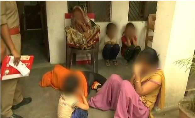 Ấn Độ: Bé 9 tuổi bị cưỡng hiếp tập thể, thi thể bị hơn 80 vết thương - Ảnh 2.