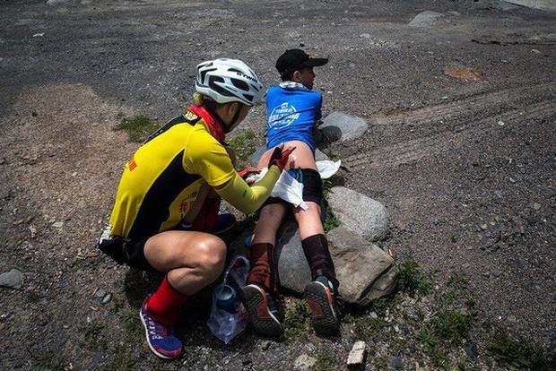 Ông bố của năm, quyết rủ cậu con trai cùng đạp xe hơn 2000km để thử thách lòng kiên trì - Ảnh 19.