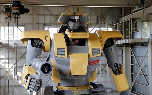 Kỹ sư người Nhật biến giấc mơ robot khổng lồ thành hiện thực - Ảnh 11.