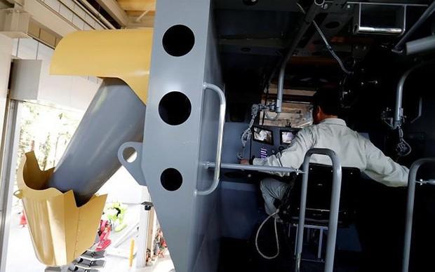 Kỹ sư người Nhật biến giấc mơ robot khổng lồ thành hiện thực - Ảnh 13.