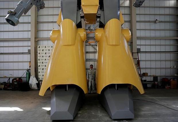 Kỹ sư người Nhật biến giấc mơ robot khổng lồ thành hiện thực - Ảnh 7.