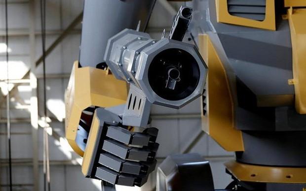 Kỹ sư người Nhật biến giấc mơ robot khổng lồ thành hiện thực - Ảnh 9.