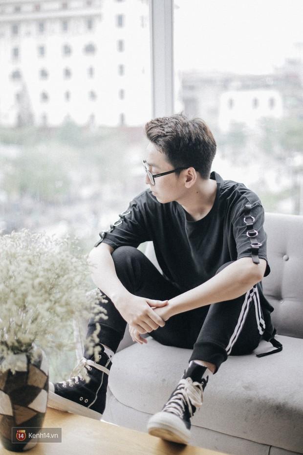 """Osad thả thính Khánh Vy: """"Em có thể cho anh một chút thời gian trong cuộc sống bận rộn của em không?"""" - Ảnh 13."""