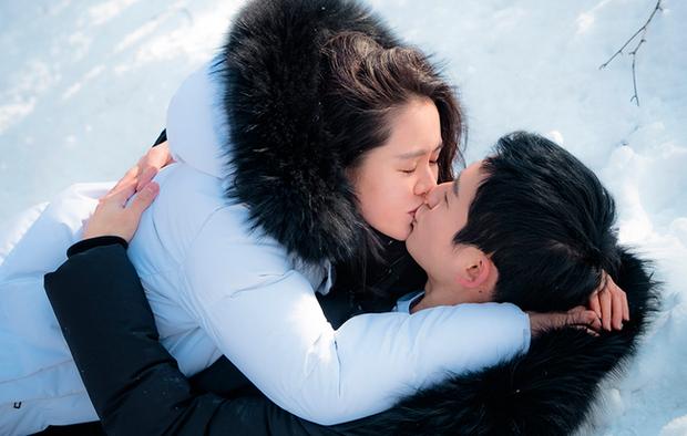 Sắp có một tin hẹn hò khủng gây bùng nổ: Son Ye Jin và Jung Hae In lọt vào tầm ngắm, nhưng cặp thứ 3 mới được thích nhất - Ảnh 2.