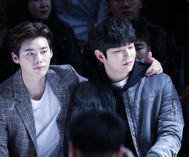 Những hội bạn thân toàn mỹ nam chân dài xứ Hàn: Khi dàn sao hạng A cực phẩm cùng tụ họp tại một chỗ - Ảnh 2.