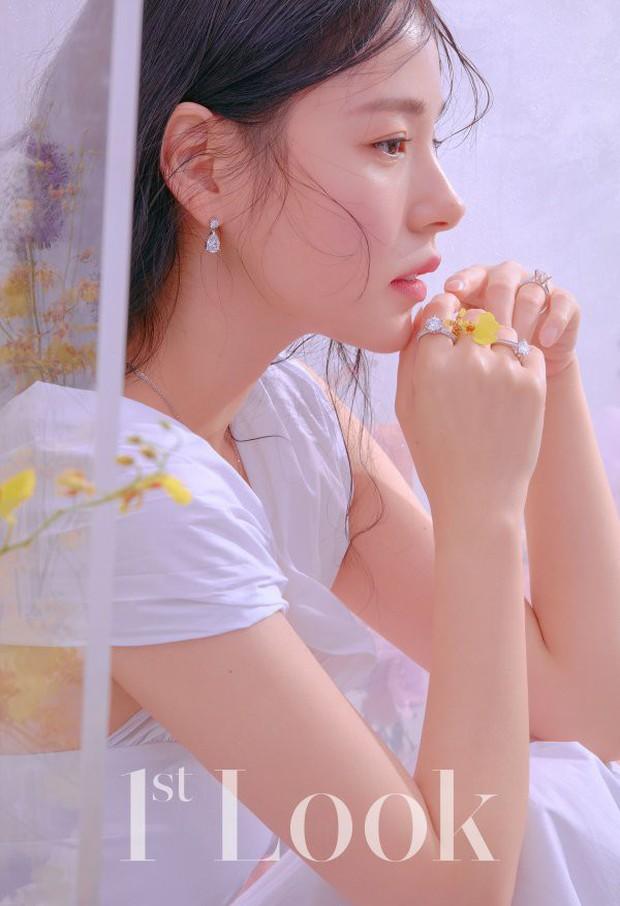 Lấy Taeyang xong, nữ diễn viên Min Hyo Rin ngày càng đẹp và giờ đã đạt đến đẳng cấp đỉnh cao trên tạp chí - Ảnh 4.
