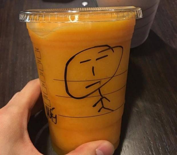 Bị cáo buộc phân biệt chủng tộc, Starbucks tạm thời đóng hơn 8,000 cửa hàng tại Mỹ cho nhân viên đi tập huấn - Ảnh 1.