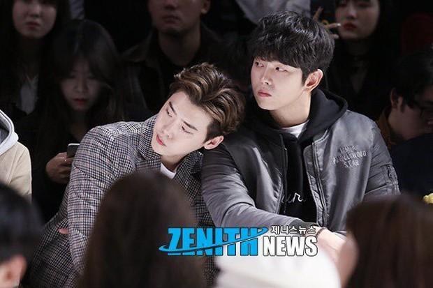 Những hội bạn thân toàn mỹ nam chân dài xứ Hàn: Khi dàn sao hạng A cực phẩm cùng tụ họp tại một chỗ - Ảnh 4.