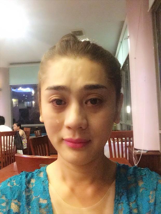 Từng là nữ hoàng chuyển giới, Lâm Khánh Chi lại để lộ nhan sắc xuống cấp rõ rệt khi livestream - Ảnh 4.