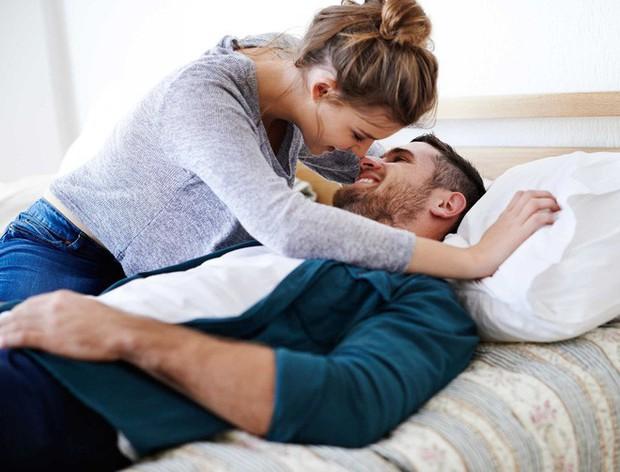 Trót khoe với cô bạn thân về phong độ trên giường của chồng, người phụ nữ đau đớn để mất chồng vào tay bạn  - Ảnh 2.