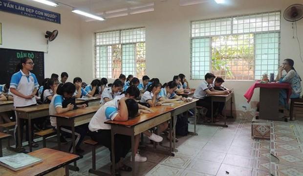 Sở GD&ĐT yêu cầu kỷ luật cô giáo toán im như thóc - Ảnh 1.