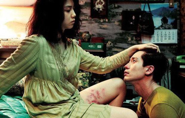 Vẻ đẹp ám ảnh của 5 nàng thơ trong phim của đạo diễn hit 18+ The Handmaiden - Ảnh 8.