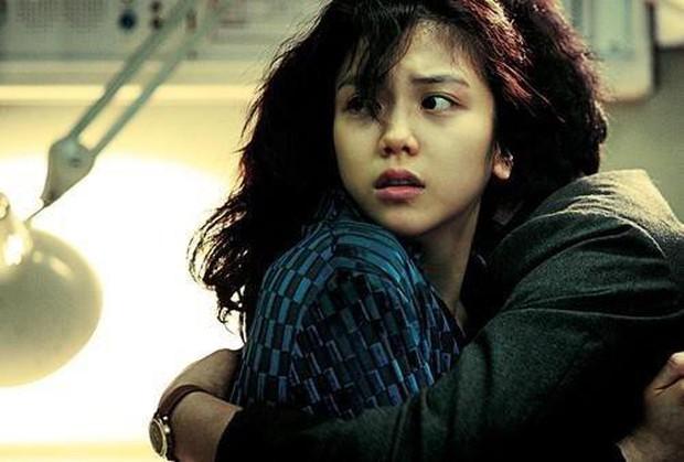 Vẻ đẹp ám ảnh của 5 nàng thơ trong phim của đạo diễn hit 18+ The Handmaiden - Ảnh 9.