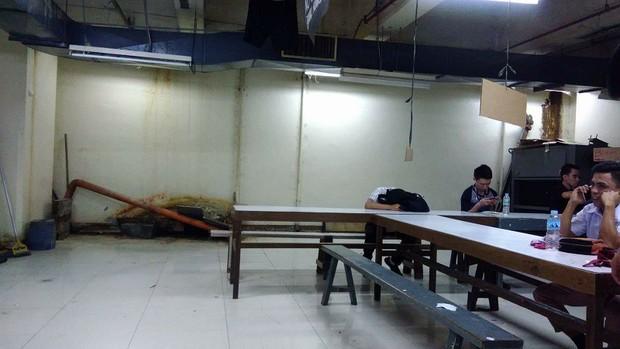 Hình ảnh điều kiện tồi tàn mà nhân viên một trung tâm thương mại nổi tiếng Philippines phải chịu gây phẫn nộ cộng đồng mạng - Ảnh 5.