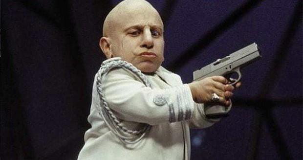 Diễn viên tí hon trong Harry Potter và Austin Powers đột ngột qua đời ở tuổi 49 - Ảnh 2.