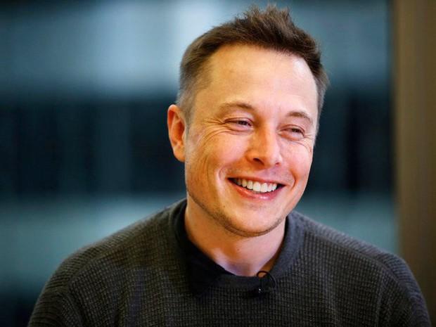 Block 5 phút - Cách thức làm việc căng như dây đàn của Elon Musk - Ảnh 2.