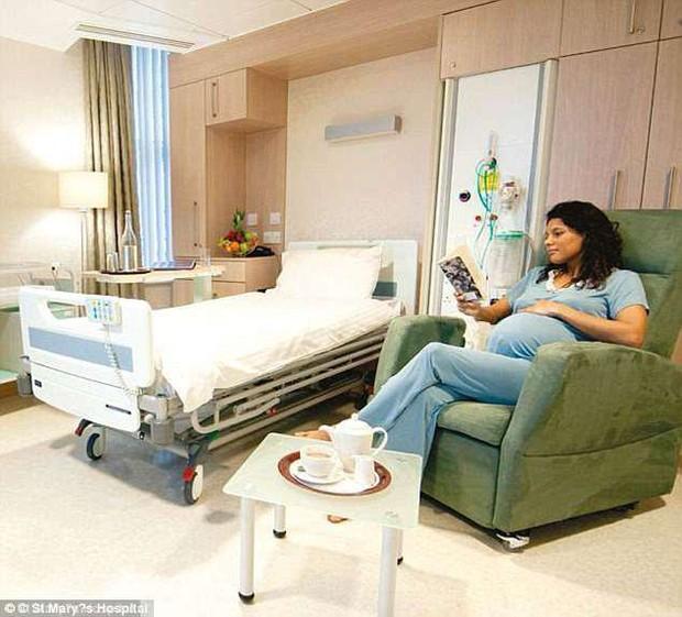 Tiết lộ hình ảnh bên trong bệnh viện sang trọng bậc nhất nước Anh nơi công nương Kate hạ sinh 3 người con - Ảnh 2.
