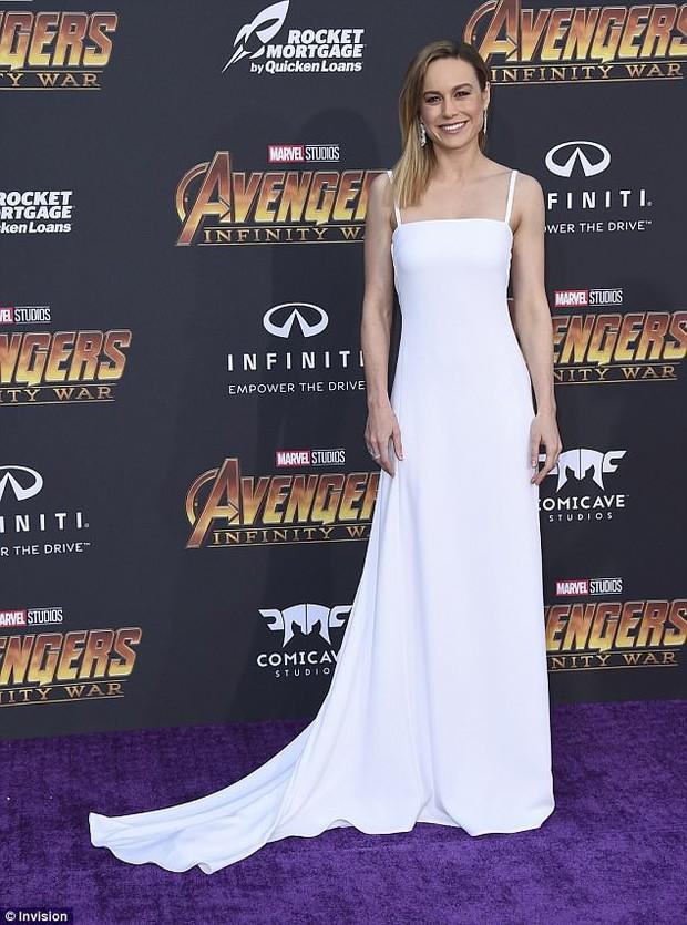 Thảm tím Avengers: Loạt siêu sao quy tụ hoành tráng như lễ trao giải Oscar, nhưng thiếu 1 người quan trọng! - Ảnh 4.