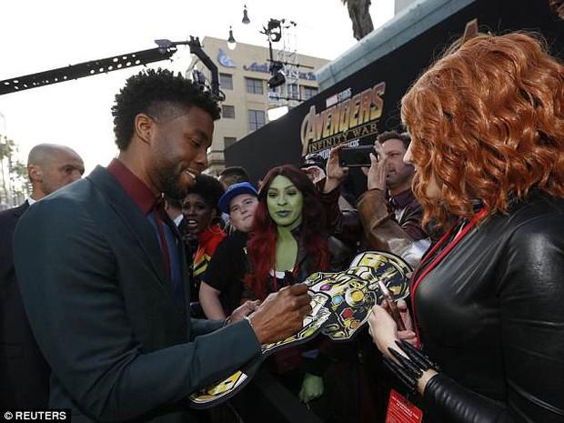 Thảm tím Avengers: Loạt siêu sao quy tụ hoành tráng như lễ trao giải Oscar, nhưng thiếu 1 người quan trọng! - Ảnh 8.
