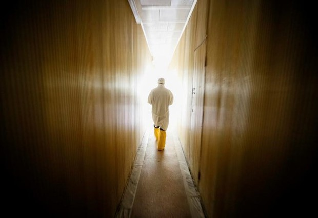 Ám ảnh bên trong nhà máy điện hạt nhân Chernobyl sau hơn 30 năm - Ảnh 5.