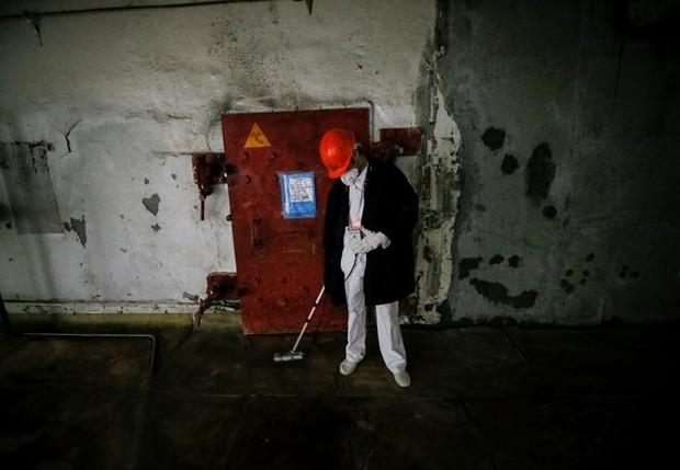 Ám ảnh bên trong nhà máy điện hạt nhân Chernobyl sau hơn 30 năm - Ảnh 8.