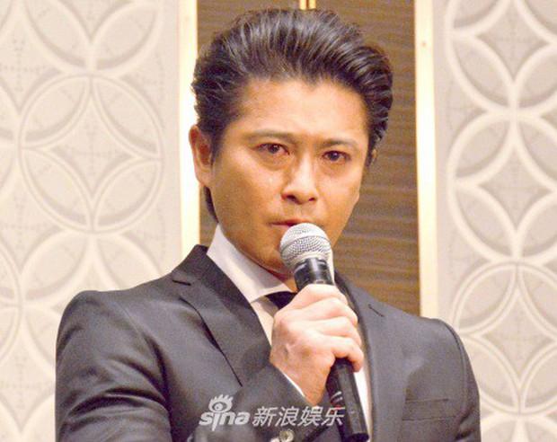 Tài tử Nhật cúi đầu xin lỗi vì scandal quấy rối tình dục nữ sinh cấp 3, bị đình chỉ hoạt động nghệ thuật vô thời hạn - Ảnh 1.
