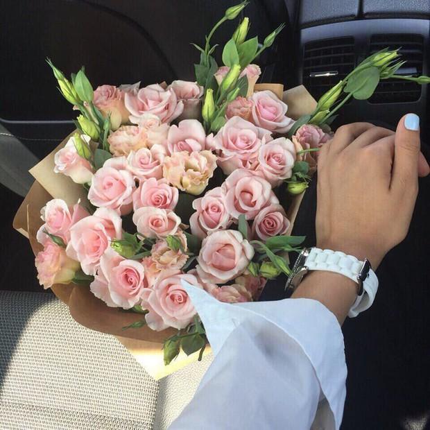 Nhắn bạn trai 6 năm: Anh cứ yên tâm du học, 36 ngày sau cô gái đã khoe ảnh ngồi ô tô, nhận quà hàng hiệu của tình mới  - Ảnh 3.