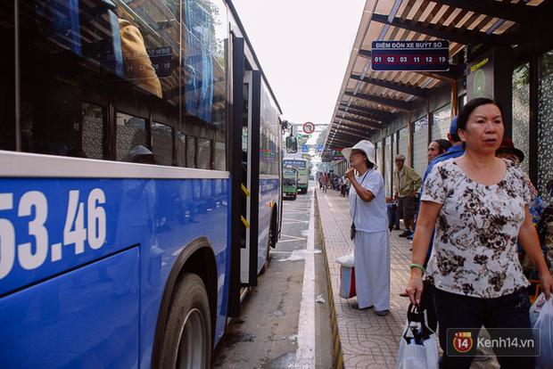 Hành khách được đi miễn phí các tuyến xe buýt sân bay, bến xe và khu vui chơi ở Sài Gòn dịp Lễ 30/4 - 1/5 - Ảnh 1.