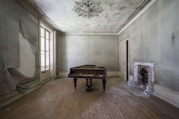 Đi khắp châu Âu tìm những chiếc piano bị lãng quên, người nghệ sĩ khiến mọi người nín lặng vì vẻ đẹp nhuốm màu thời gian - Ảnh 16.
