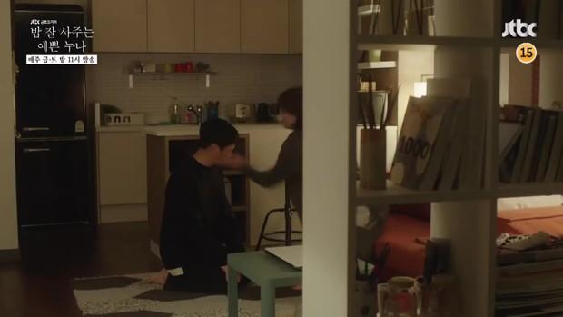 Chị Đẹp tập 10: Đến lượt Jung Hae In bị mẹ Son Ye Jin tát, đánh tới tấp - Ảnh 1.