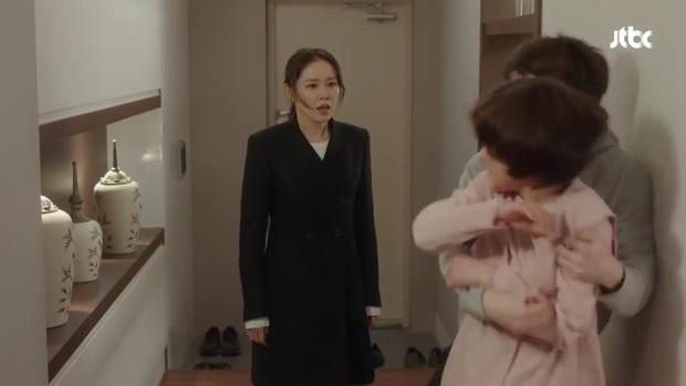 Chị Đẹp tập 10: Đến lượt Jung Hae In bị mẹ Son Ye Jin tát, đánh tới tấp - Ảnh 9.