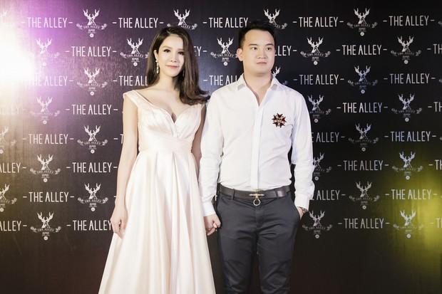 Diệp Lâm Anh cùng dàn Hoa hậu, Á hậu hội ngộ tại sự kiện khai trương trà sữa The Alley Hà Nội - Ảnh 1.