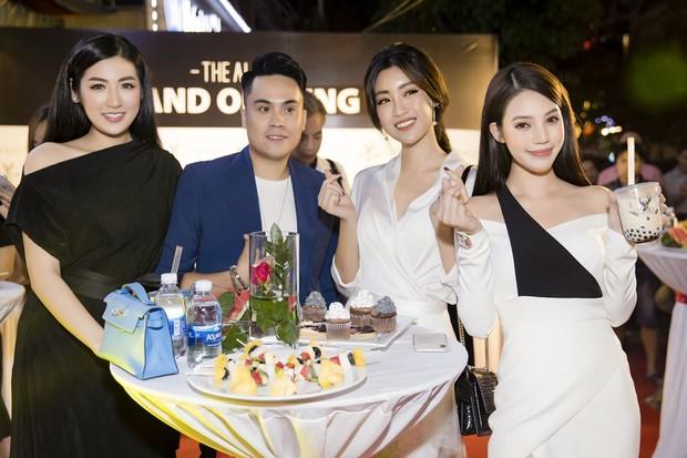 Diệp Lâm Anh cùng dàn Hoa hậu, Á hậu hội ngộ tại sự kiện khai trương trà sữa The Alley Hà Nội - Ảnh 8.