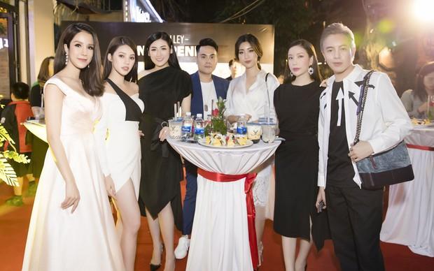 Diệp Lâm Anh cùng dàn Hoa hậu, Á hậu hội ngộ tại sự kiện khai trương trà sữa The Alley Hà Nội - Ảnh 9.