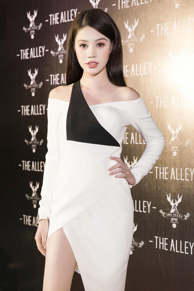 Diệp Lâm Anh cùng dàn Hoa hậu, Á hậu hội ngộ tại sự kiện khai trương trà sữa The Alley Hà Nội - Ảnh 5.