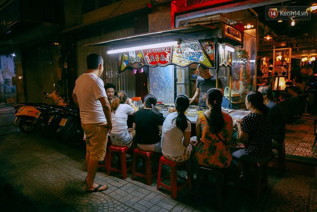 Chè Lâm Vinh Mậu – xe chè ở Sài Gòn được sao Việt check-in thường xuyên - Ảnh 2.
