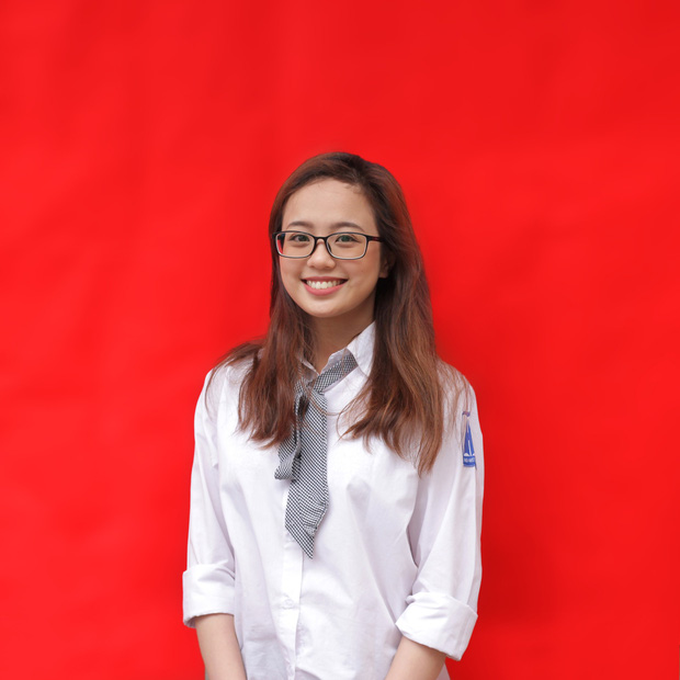 Con gái Ams mặc đồng phục: Xinh đúng chuẩn cô gái năm ấy chúng ta cùng theo đuổi - Ảnh 4.
