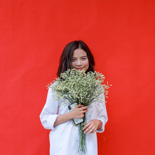 Con gái Ams mặc đồng phục: Xinh đúng chuẩn cô gái năm ấy chúng ta cùng theo đuổi - Ảnh 9.