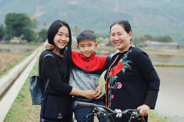 Nữ Giám đốc làm mẹ đơn thân tiếp tục gây bão MXH khi chia sẻ quan điểm: Sự nuông chiều của cha mẹ tạo nên những đứa con vô ơn - Ảnh 1.