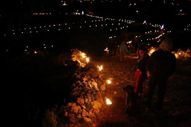 Cận cảnh người dân đón lễ Phục sinh trên khắp thế giới - Ảnh 9.