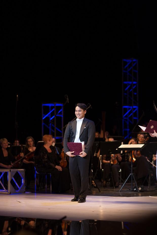 Du học sinh Việt điển trai 2 lần giành giải Nhất cuộc thi thanh nhạc quốc tế - Ảnh 6.