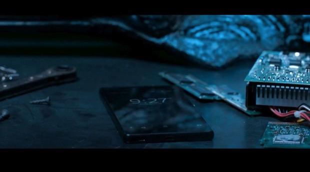 Điểm danh tất tần tật những điện thoại từng xuất hiện trong Vũ trụ Điện ảnh Marvel - Ảnh 15.