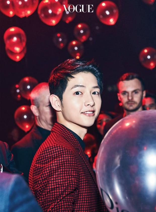 Song Joong Ki, Park Bo Gum và Jung Hae In: 3 chàng tài tử đẹp như tiên hạ phàm đang khiến cả châu Á điên đảo - Ảnh 8.