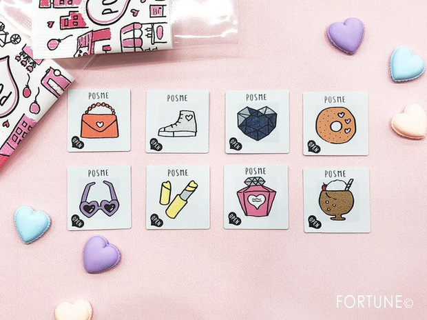 Con gái Nhật đang mê tít món mỹ phẩm chỉ 70k: nhỏ như tờ giấy mà kiêm luôn cả son môi, má hồng, phấn mắt - Ảnh 1.