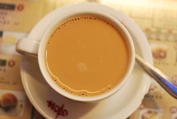 Đến Hồng Kông nhất định phải thử món trà tất da chân độc đáo - Ảnh 1.