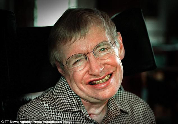 Bất ngờ và cảm động với món quà cuối cùng của nhà thiên tài vật lý Stephen Hawking - Ảnh 1.