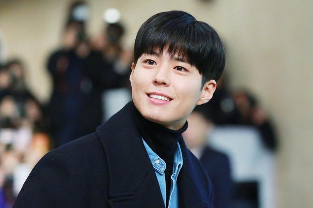 Song Joong Ki, Park Bo Gum và Jung Hae In: 3 chàng tài tử đẹp như tiên hạ phàm đang khiến cả châu Á điên đảo - Ảnh 44.